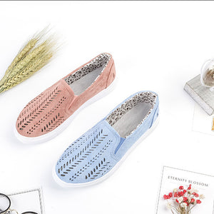 Hollow-out Casual Flat Floral Print Lined Shoes