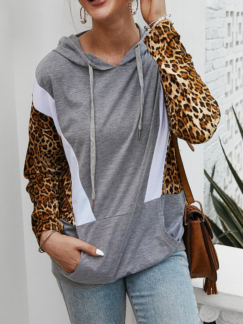 Hooded Top with Leopard Pattern
