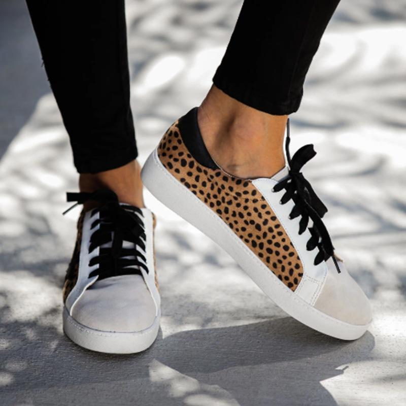 Star Print Well-ventilated Leopard Sneakers