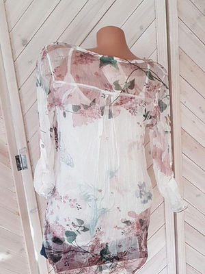Long Sleeves Printed V-neck Button Chiffon Shirt