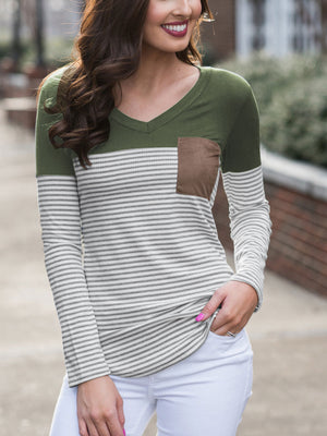 Women's Basic V Neck T Shirt with Suede Pocket