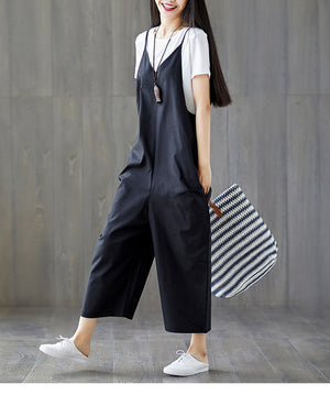 Solid Spaghetti Strap Pocket Paneled Jumpsuit