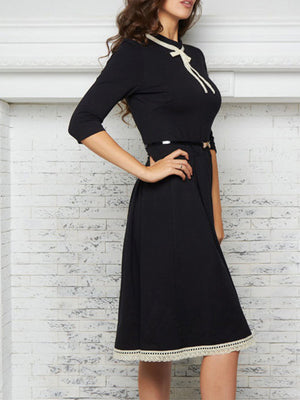 Elegant Solid Contrast Bow Neck A-line Lace Half Sleeve Dress