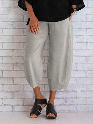 Women Solid Color Paneled Cotton Capri Pants