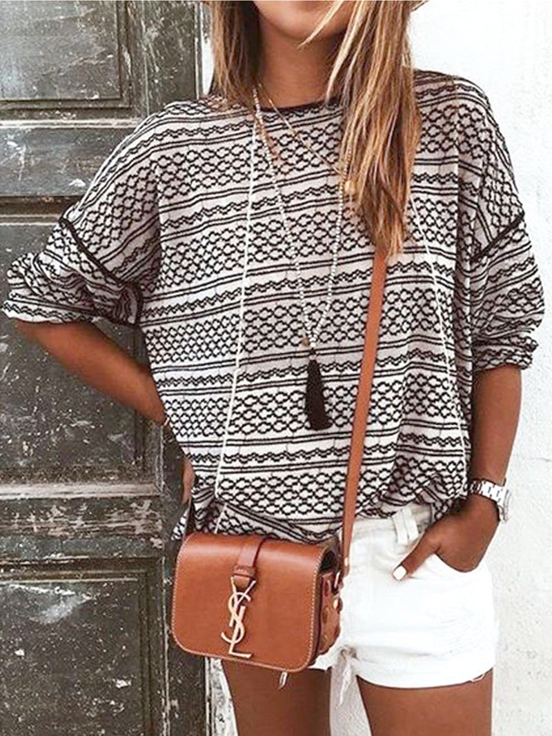 Stylish Stripe Print Round Neck Knit T-Shirt