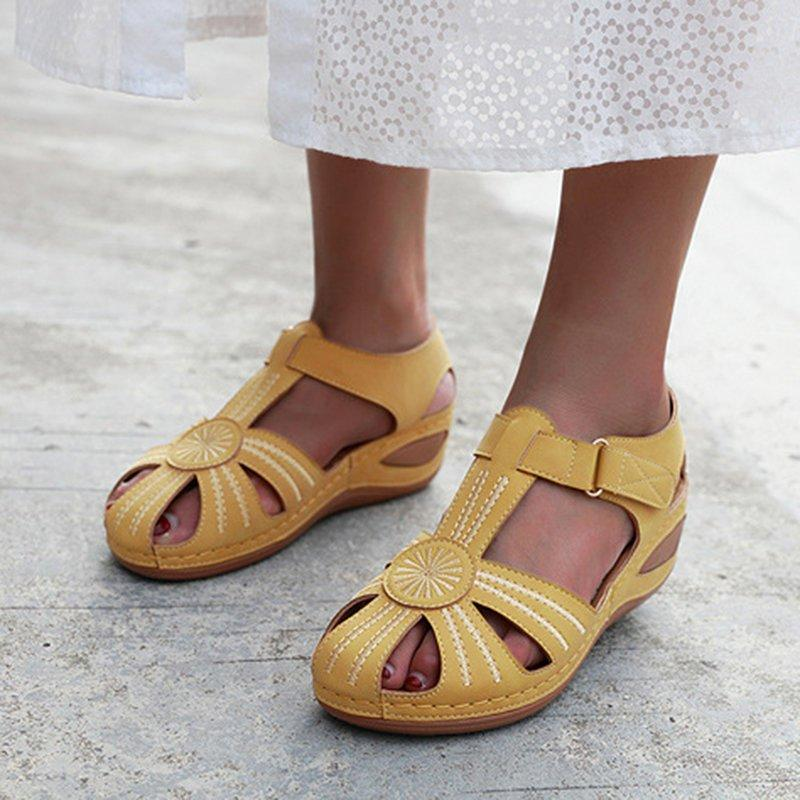Plus Size Peep Toe Platform Wide Fit Hollow-Out Sandals