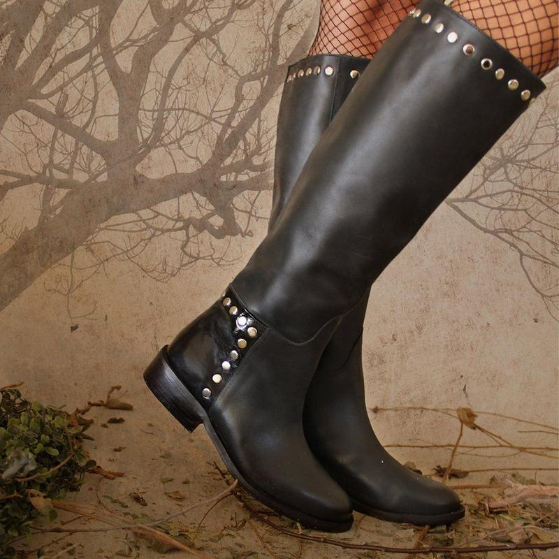 Rivet Low Heels Knee-High Boots