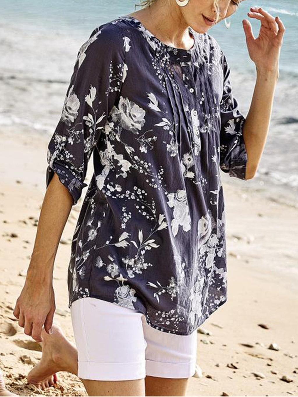 Plus Size Stand Collar Buttoned Placket Floral Print Long-Sleeved Shirt