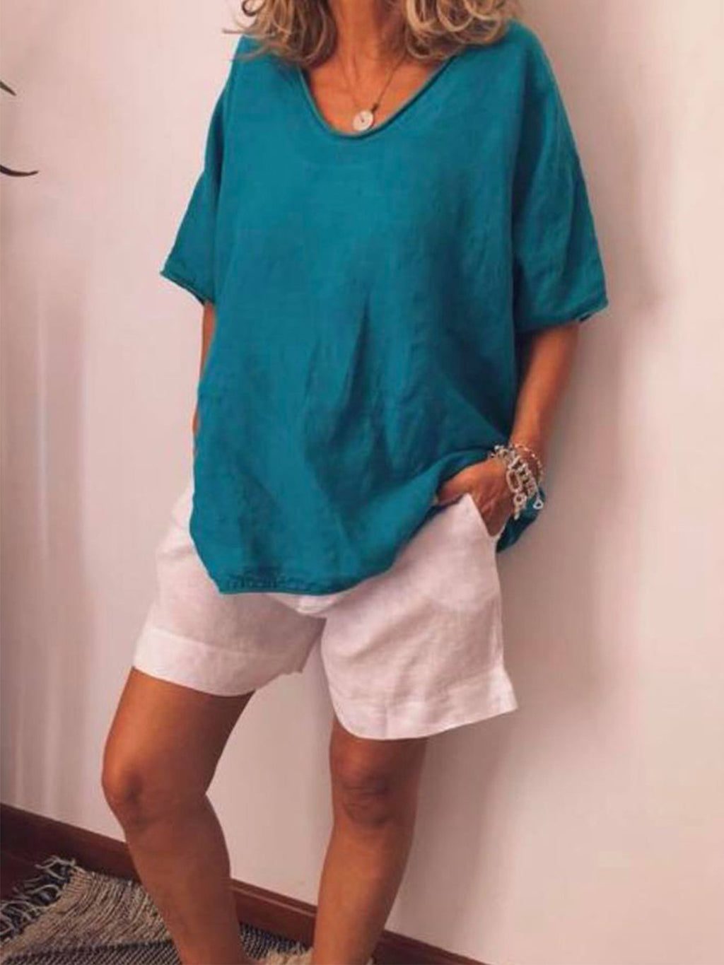 Solid Crul Hem Neck Loose Casual Linen/Cotton Blouse