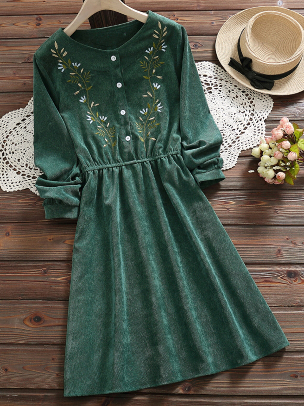 Fall/Winter Corduory Embroidery Top Long Sleeve Women Dress