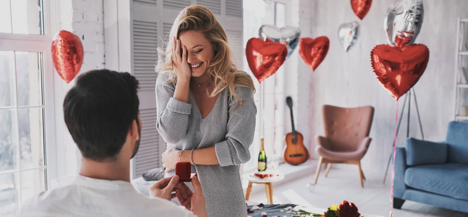 4 Romantic Ways to Propose at Home