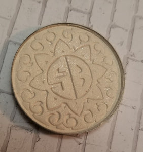Illuminati Pressed Highlighter - Shade Beauty