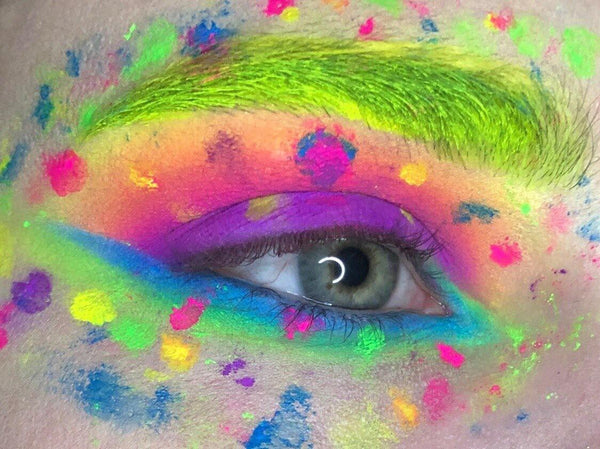 The Pigment Club - Eye Of The Tiger Neon Pigment - Shade Beauty