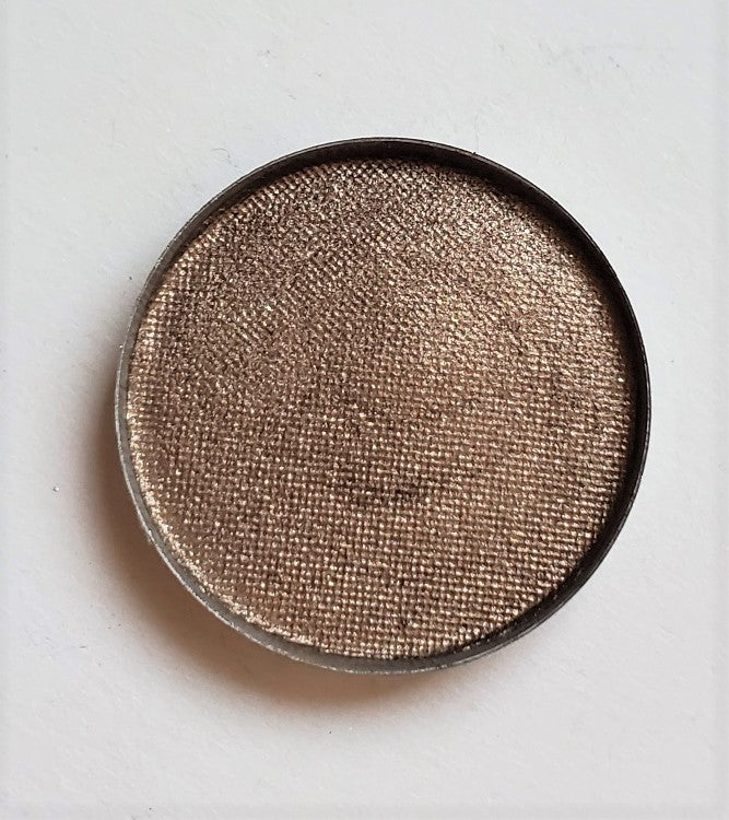The Cubicle Collection - Conference Room C - Pretzel Day Pressed Eyeshadow - Shade Beauty