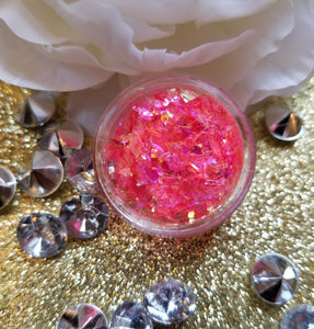 indie makeup, shade beauty, cruelty free, vegan, festival makeup, chunky glitter, holographic glitter, square glitter, hexagon glitter, gold glitter, gold chunky glitter, christmas makeup, pink glitter, razr, razr chunky glitter, nail glitter, face glitter, face painting