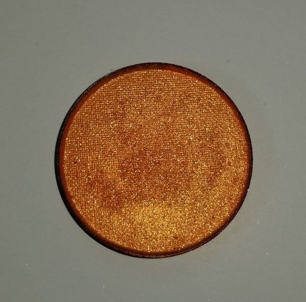 shade beauty, eyeshadow, vegan makeup, cruelty free makeup, swatches, shimmery eyeshadow, sparkly eyeshadow, metallic eyeshadow, neutral eyeshadow, nude eyeshadow, indie makeup, artisan makeup, sprung, sprung pressed eyeshadow, orange eyeshadow, best orange eyeshadows, bright eyeshadow, colorful eyeshadow, neon orange eyeshadow