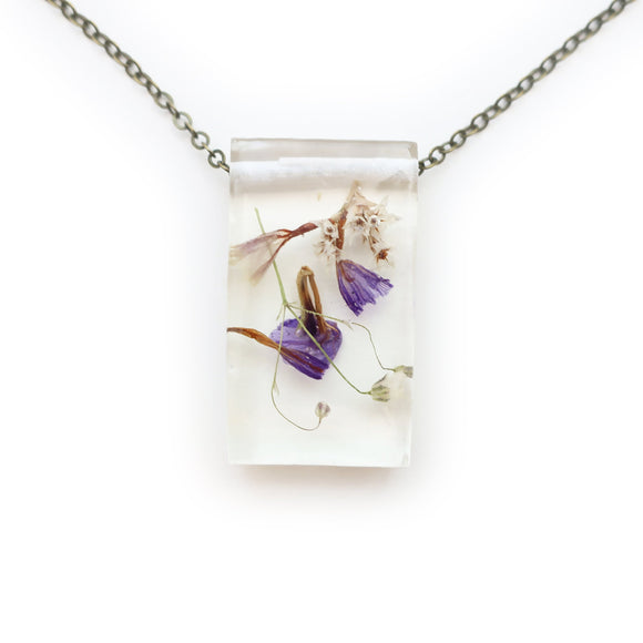 Dried Flower Eco Resin Botanical Necklace | 001