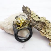 Load image into Gallery viewer, Terrarium Resin Ring | Size 8 US