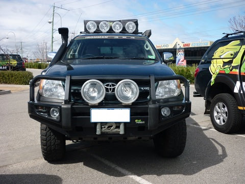 Deluxe Commercial Bull Bar to suit Hilux 2005-2011
