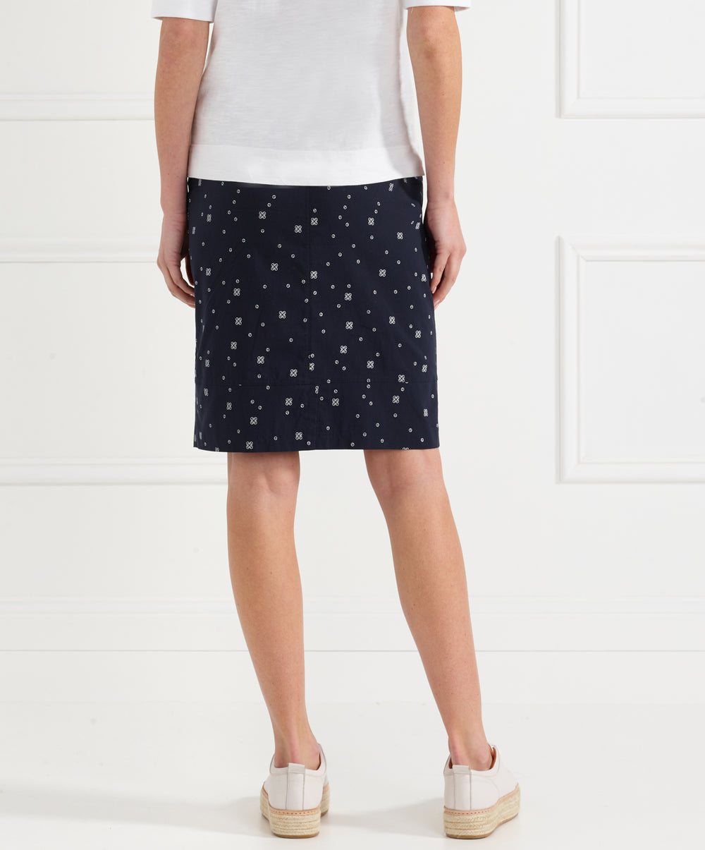 Acrobat Disc Layer Skirt