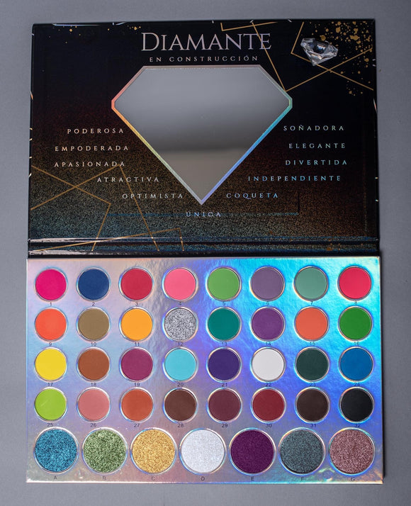 Under construction 🚧 39 colors makeup palette