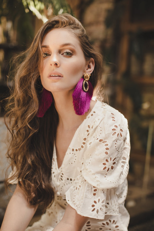 Fan fringed gold plated and crystal earrings - Magenta