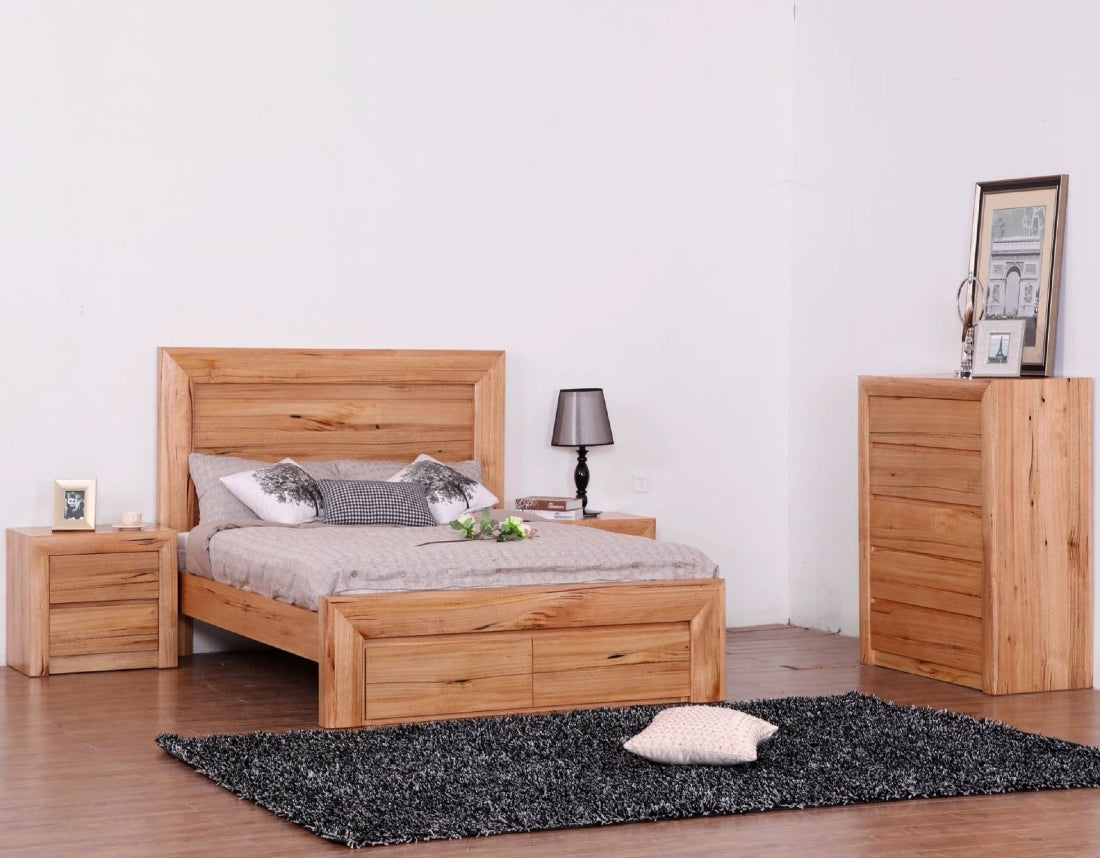 Lyon Messmate Timber Bed