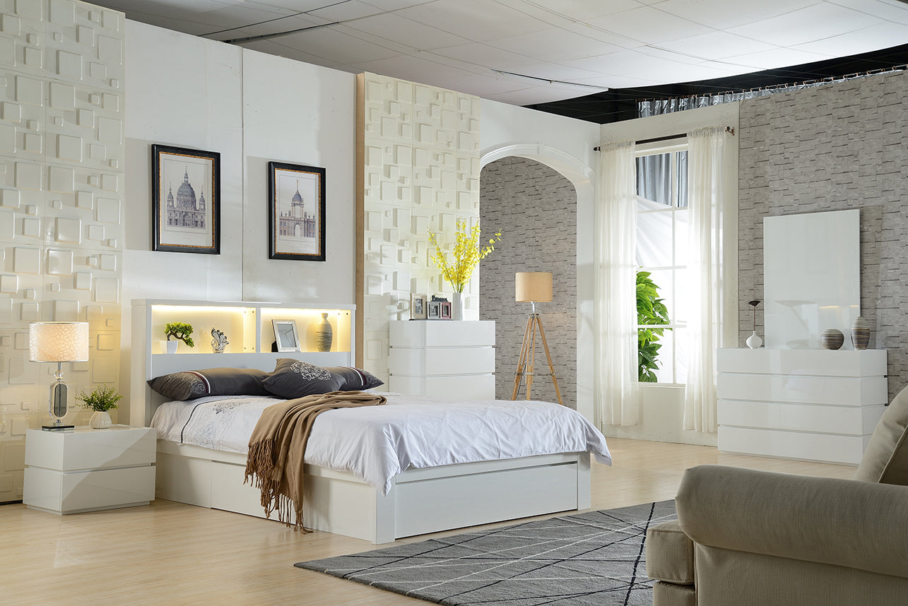 Norman Storage Bed White