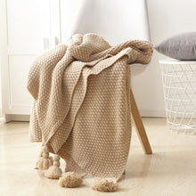 Load image into Gallery viewer, Pom Tassel Knitted Throw