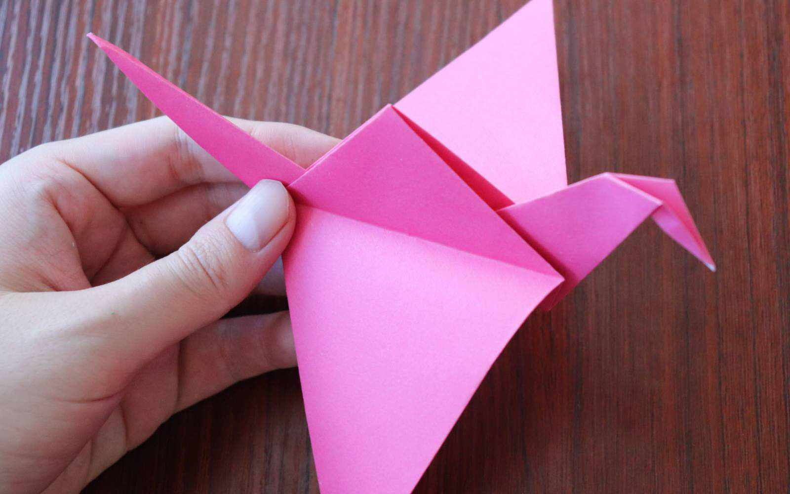 How To Make A Paper Crane With Flapping Wings Vinnyoleo Vegetal Schema Of Origami Mobile 3 An
