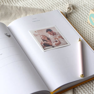 Bebé. Keepsake Journal (Baby memories book)