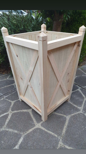 Hampton planter box tall - natural