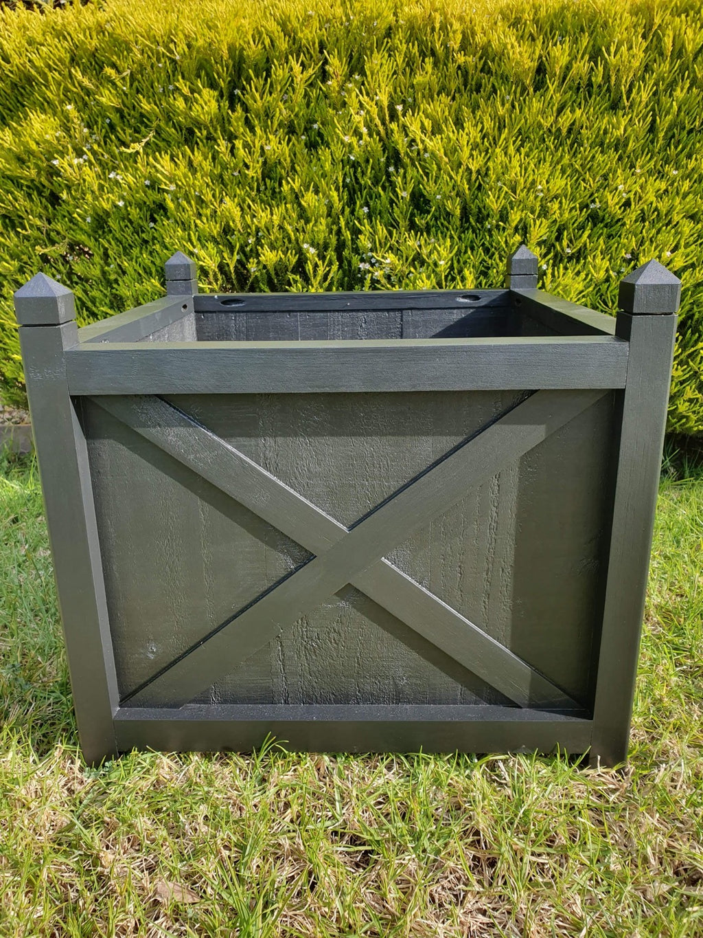 Hampton planter box square - black