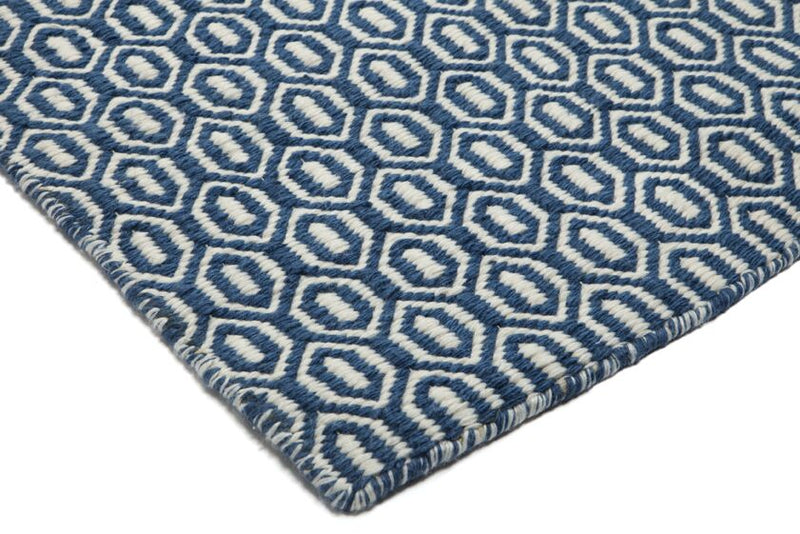 Coastal Blue Outdoor / Indoor rug