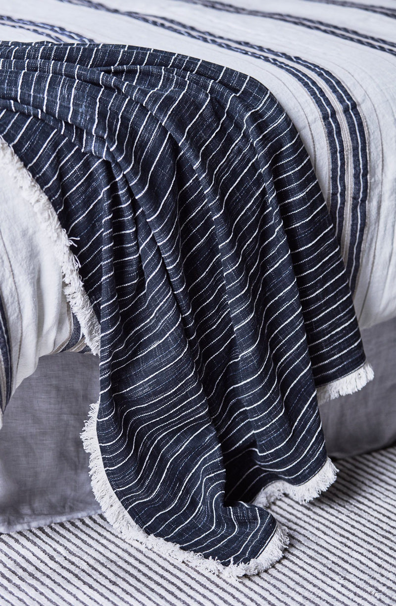 Hamptons Striped throw
