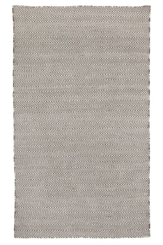 Classic Chevron Grey Outdoor / Indoor rug