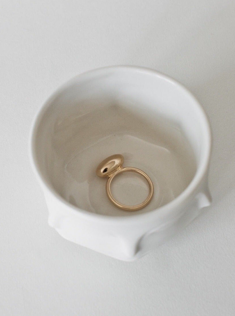 Una Form Ring / Gold