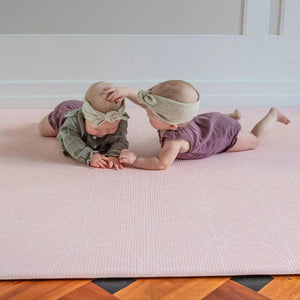 Large Scandi Stars Play Mat - Blush