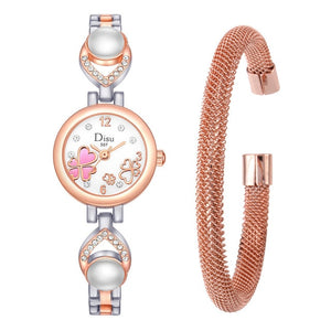 "Women's ""Full Heart"" Face Bracelet Watch Set"