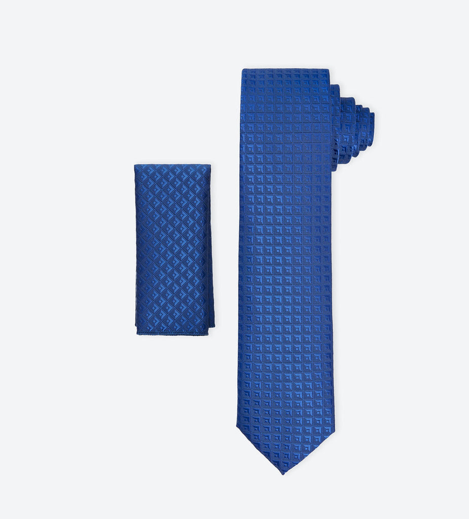 Blue Checkerd Tie For Fashionable Men