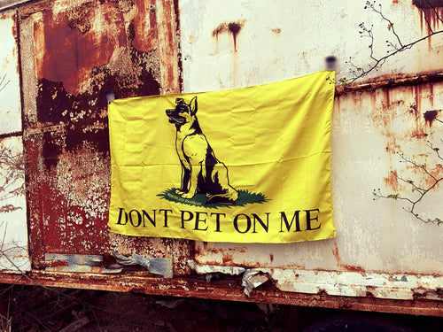 DONT PET ON ME Flag