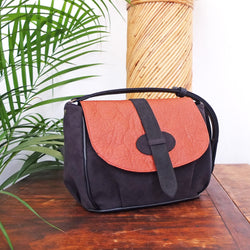 ANDAMAN PIÑATEX BROWN SHOULDER BAG
