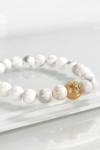 Natural Beauty Stone Bracelet in Howlite White