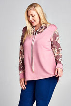 Load image into Gallery viewer, Very Berry Springtime Pullover