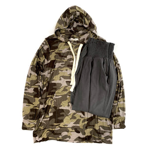 Cozy Days Camo Hoodie in Army Green