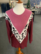 Load image into Gallery viewer, Cheetah Chevron Maroon Sweater