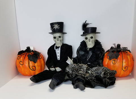 SKELETON BRIDE AND GROOM SET