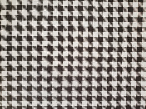 "STAHLS CAD-CUT HTV VINYL  20"" X 12"" SHEET BUFFALO PLAID BLK/WHT"