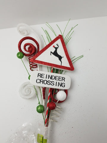 REINDEER CROSSING 30""