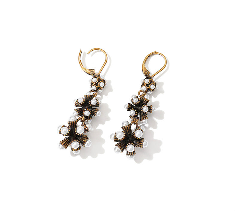 Black as Night Pearl Earrings